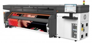 HP Stitch S1000 Standard Left with output